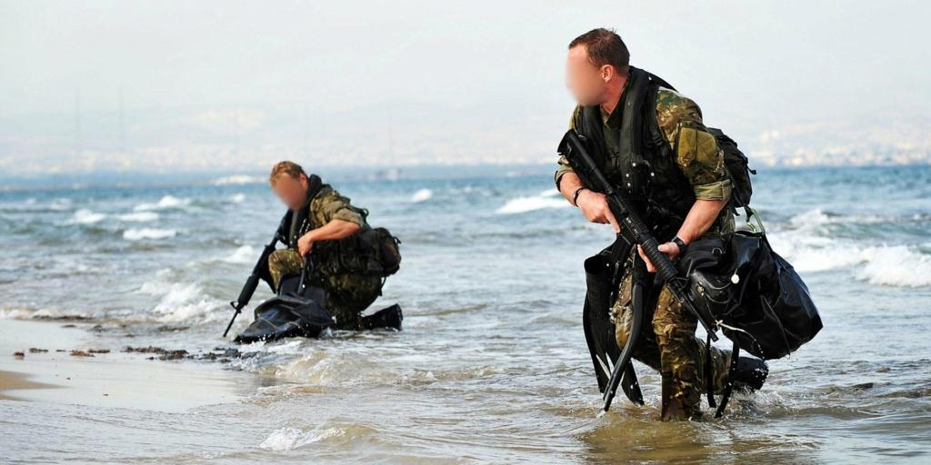 تعرف على قوة القوارب الخاصة البريطانية SBS Ellpnj10