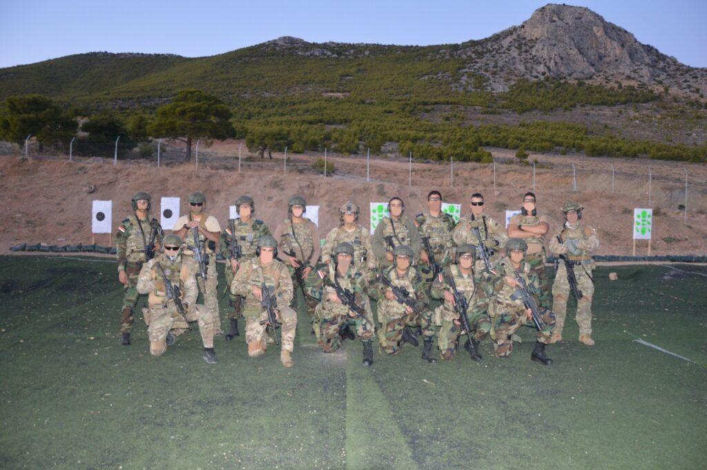 تدريبات مشتركة قرب اثينا بين القوات الخاصه اليونانية والمصرية  Em3xdm10