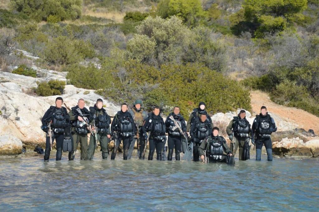 تدريبات مشتركة قرب اثينا بين القوات الخاصه اليونانية والمصرية  Em3xdt10