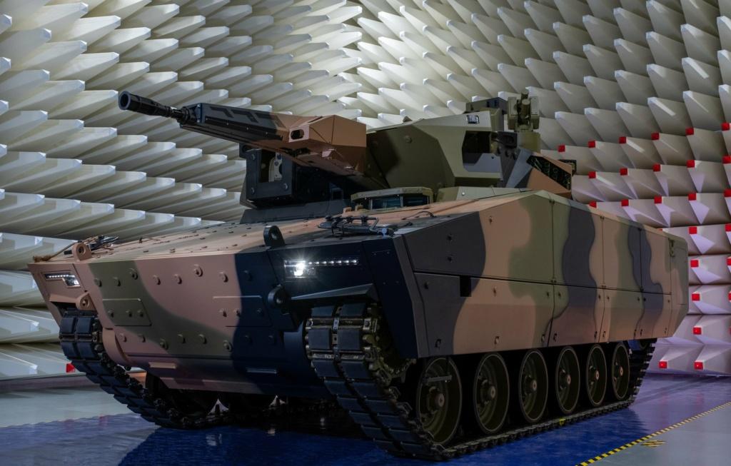 شركة راينميتال تستهدف بمركبتها القتالية الجديدة Lynx السوق الأسترالية Emcefe10