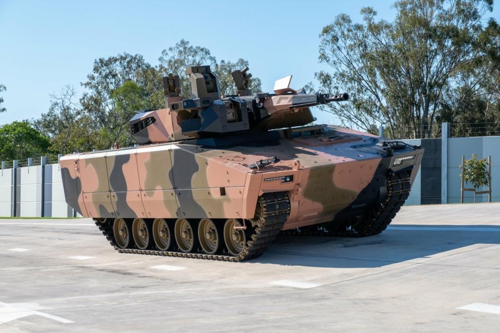 شركة راينميتال تستهدف بمركبتها القتالية الجديدة Lynx السوق الأسترالية Emceft11