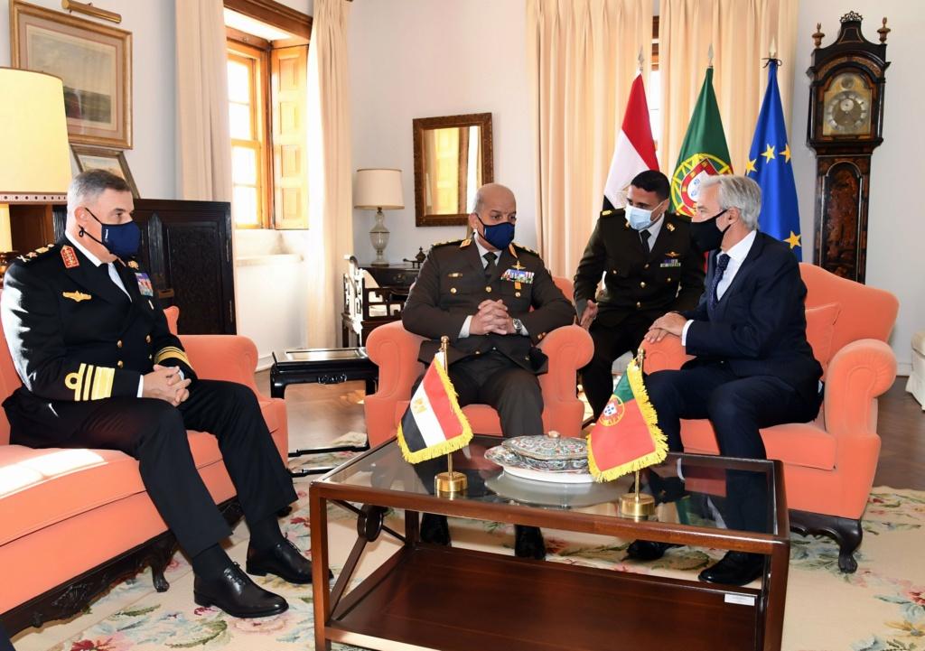 البرتغال تعرض على مصر صيانه غواصاتها  Emd81-10