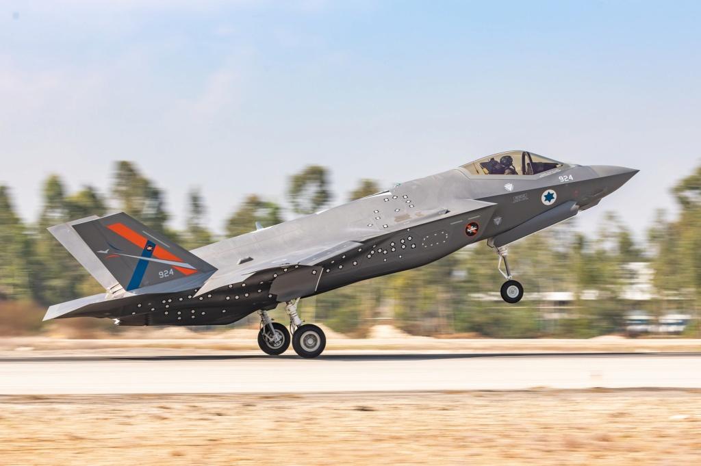 إسرائيل تتسلم أولى مقاتلات «إف 35» الأميركية في ديسمبر - صفحة 4 Emkkh511