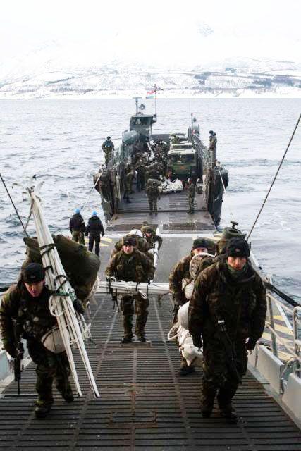 تعرف على قوة القوارب الخاصة البريطانية SBS Enteri10