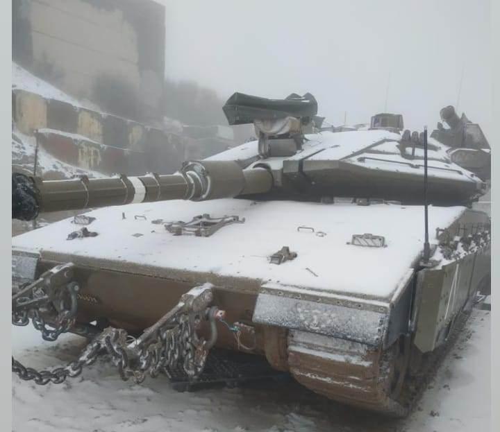 دبابة المعركة الرئيسية  Merkava 4 Esqqfu10
