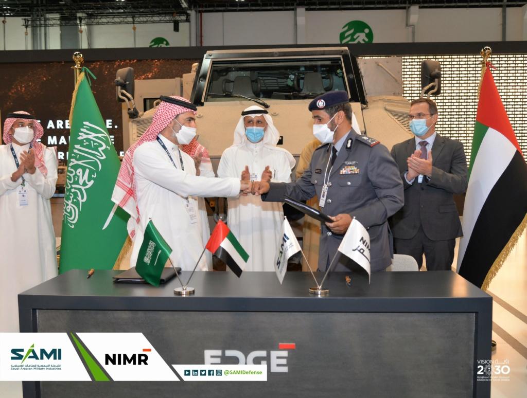أول اتفاقية صناعات عسكرية بين شركة سعودية وإماراتية لتصنيع عربات (جيس) المقاومه للالغام في المملكة Eu1zqu10