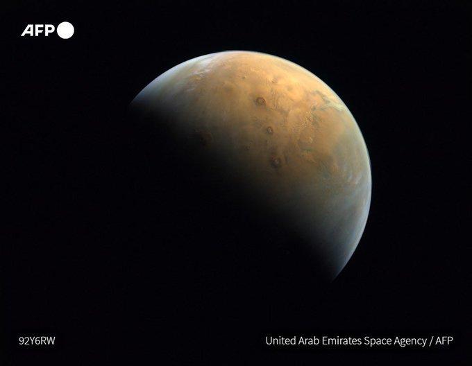 الإمارات تتخذ اولى الخطوات على طريق إرسال أول مسبار عربي إلى المريخ Eulzpc10