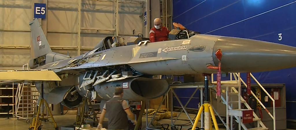 """لإطالة عمرها.. الصناعات الدفاعية التركية تواصل تحديث مقاتلات """"F-16"""" Evoap610"""