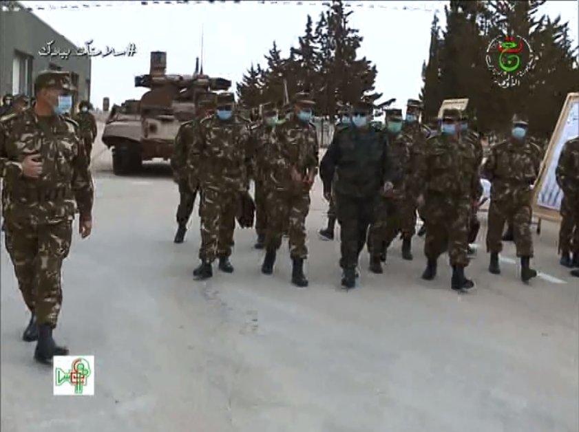 الجزائر سوف تتسلم BMPT Terminator 2 بداية من 2018  - صفحة 4 Exae0t10
