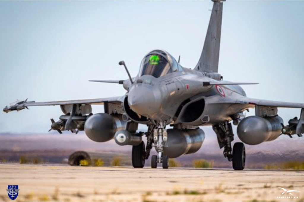 مقاتلات Rafale الفرنسيه تتجهز ببودات الاستطلاع  RECO-NG الجديده في عملياتها الجويه ضد داعش Exrx5r10