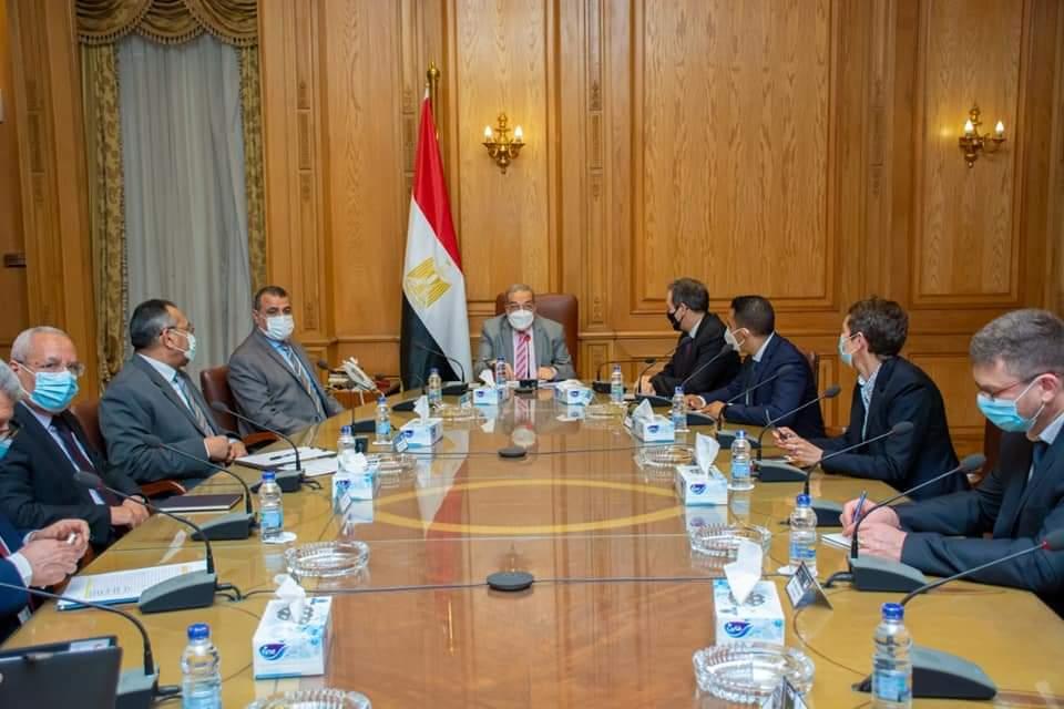 وزير الإنتاج الحربى يبحث مجالات التعاون العسكرى مع شركة Thales العالمية Exvocz10