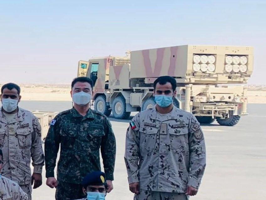 راجمة صواريخ  Chunmoo K239 الكورية الجنوبية تدخل الخدمة مع جيش الإمارات العربية المتحدة Eyzkbw10