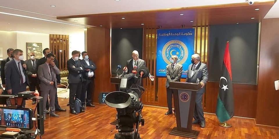 اليونان ستوقع اتفاقية دفاعية مع مصر  Eyztpz10