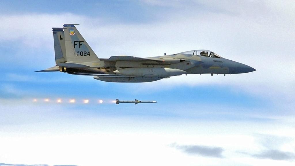 سلاح الجو الأمريكي يسجل أطول أصابه جو-جو معروفة بصاروخ AIM-120 AMRAAM Ezjbom10