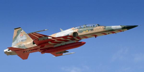 موقع Air & Cosmos الفرنسي : ماهي خيارات تونس لاستبدال مقاتلاتها القديمة نوع F-5 ؟ F1bc5d10