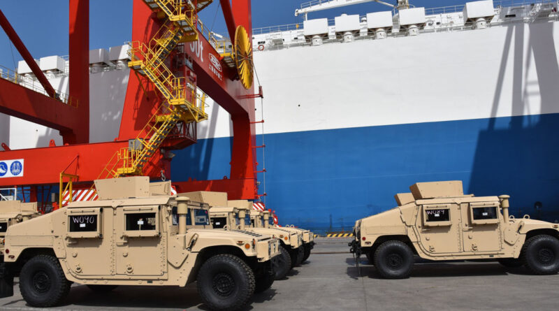 الولايات المتحدة تسلم 54 مركبة جديدة من طراز همفي التكتيكية إلى جيبوتي Humvee10