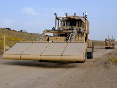 مجموعة (AirBoss Defense Group (ADG حصلت على عقد لترقية مركبات Husky المصرية للكشف عن الألغام Husky_10