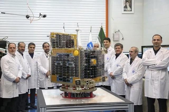 (واشنطن بوست): روسيا ستزود إيران بقمر صناعي يمكنه التجسس على إسرائيل Iran_z10