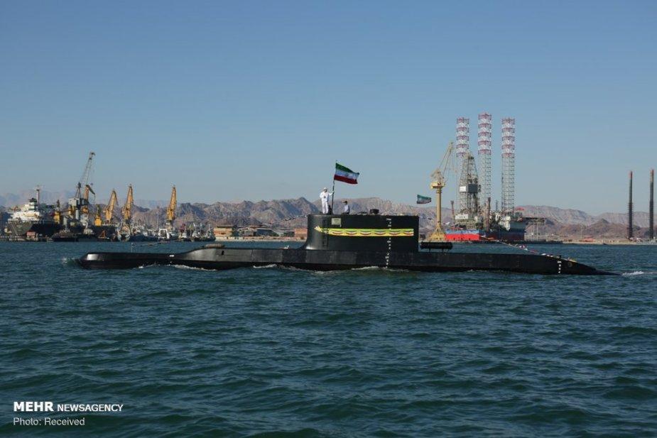الحرس الثوري الإيراني سيتسلم غواصات محلية شبه ثقيلة Irans_10