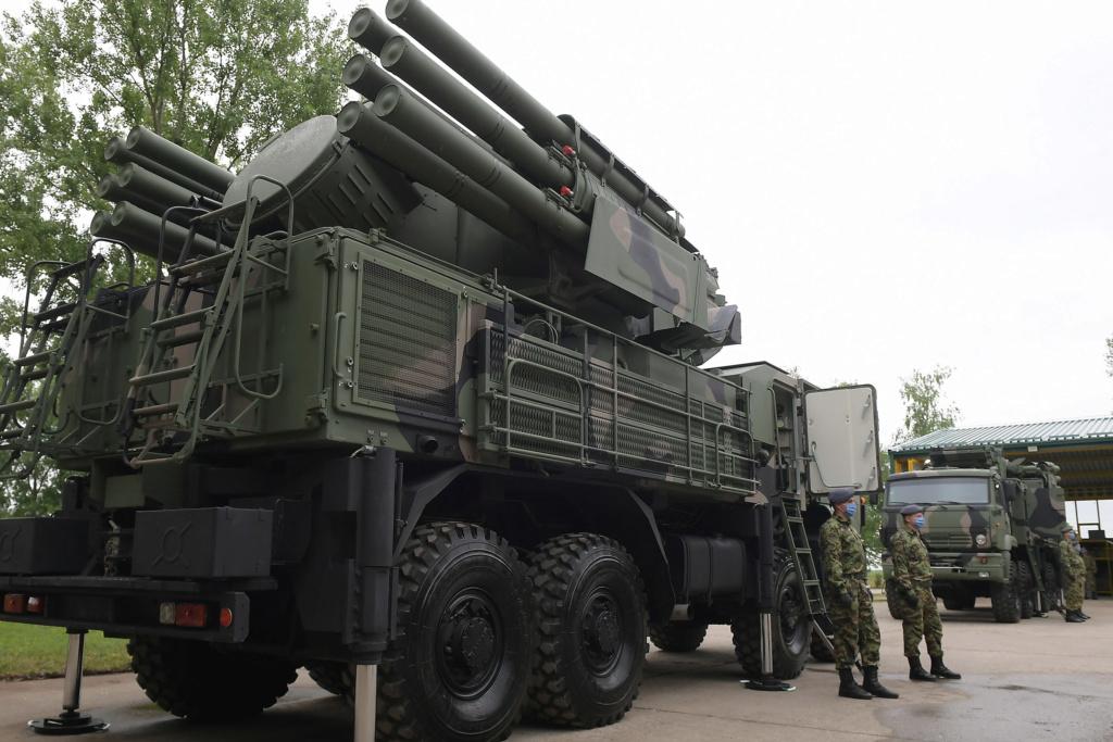 صربيا قدمت طلبا لشراء منظومات Pantsir S1 للدفاع الجوي من روسيا  Jov_0910