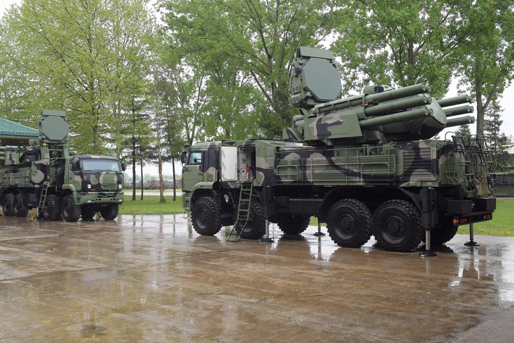 صربيا قدمت طلبا لشراء منظومات Pantsir S1 للدفاع الجوي من روسيا  Jov_1310