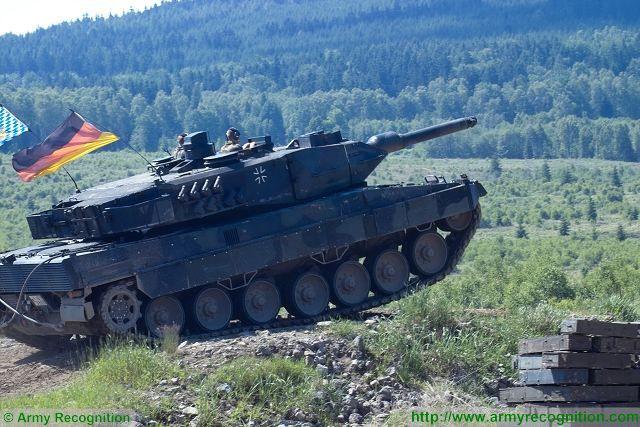 دبابة القتال الرئيسيه Leopard 2A5 Leopar12