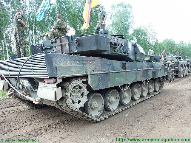 دبابة القتال الرئيسيه Leopard 2A5 Leopar13