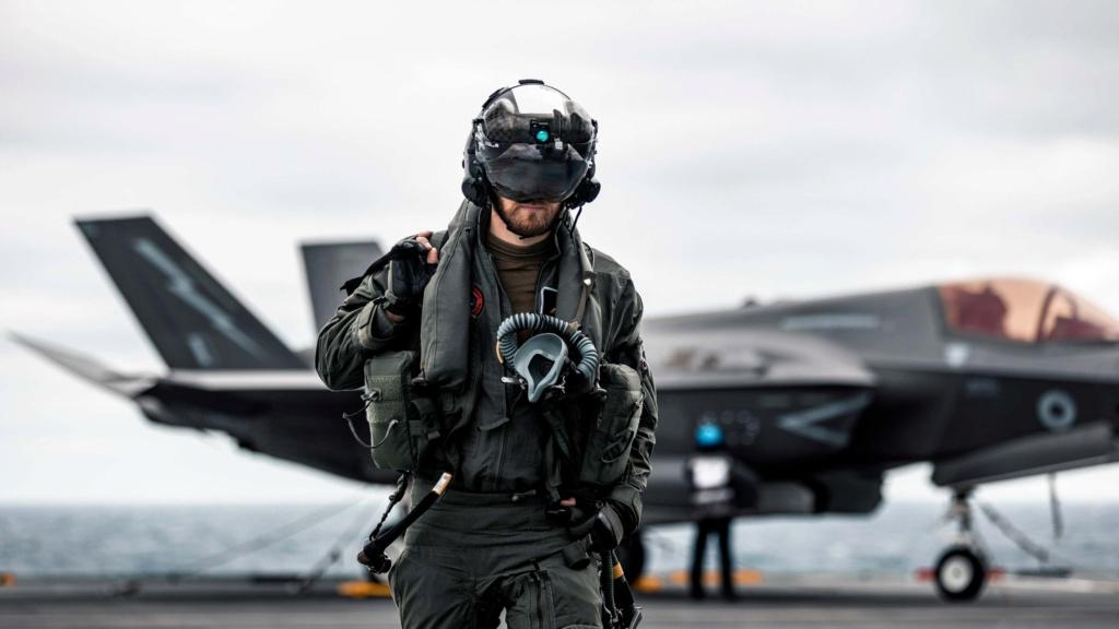 Project Vixen : مفهوم استخدام الطائرات بدون طيار من سطح حاملات الطائرات البريطانية Messag20