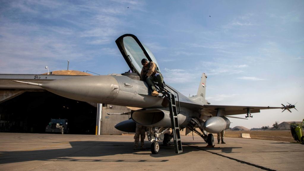 تقرير غربي : على الرغم من مشاركه 23 مقاتله F-16 عراقية في استعراض يوم الجيش فأن الاستعداد القتالي لها موضع شك وقلق Messag25