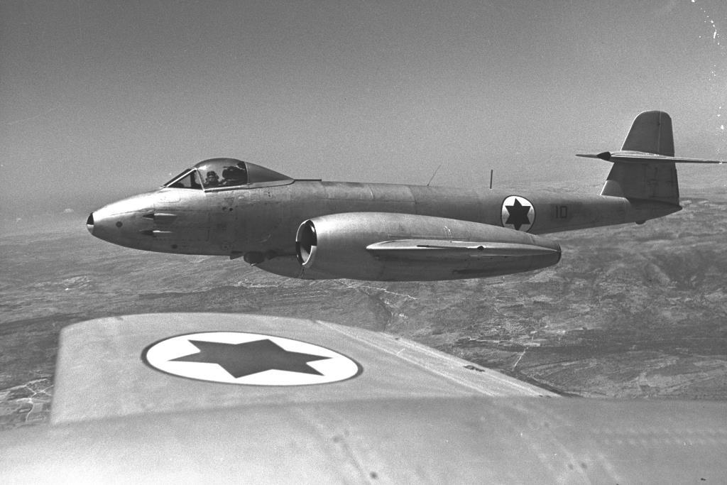 سلاح الجو الاسرائيلي يلغي السرب رقم 117  Meteor10