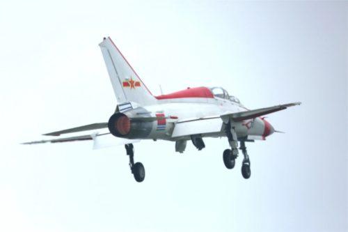 نسخه جديده من طائرة التدريب المتقدم JL-9 الصينيه جاهزه للقيام برحلتها التجريبيه الاولى  Mmexpo12
