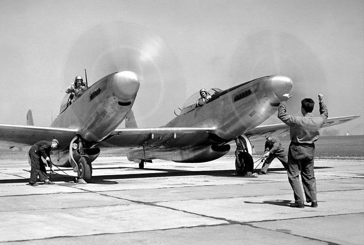 F-82 Twin Mustang : المقاتله الامريكيه غريبه الشكل التي حققت النصر في سماء سيول الكوريه  North_10
