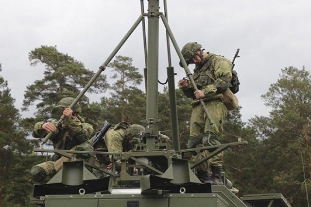 روسيا تبني قبة حرب إلكترونية لهزيمة الطائرات بدون طيار في سوريا Pole-211
