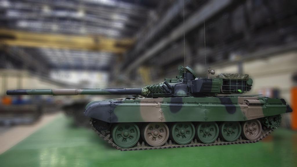 بولندا لتحديث دباباتها نوع T-72 بقيمه 450 مليون دولار Q2ncv010