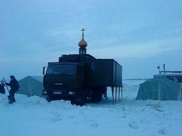الكنيسه المتنقله ضمن الوحدات العسكريه الروسيه  Russia11