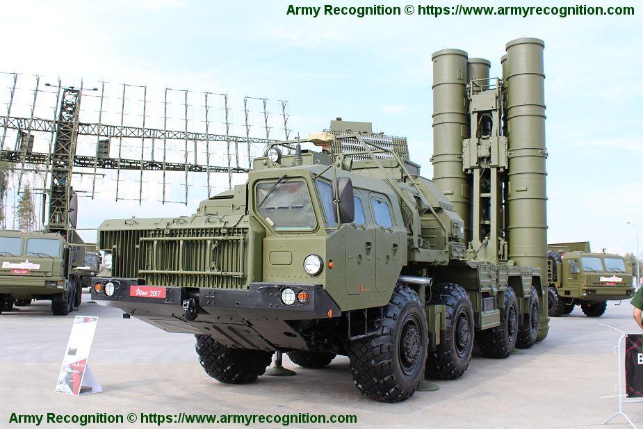 منظومه S-400 الروسيه تنجح في اسقاط محاكيات لصواريخ بالستيه من على بعد 400 كم  Russia17