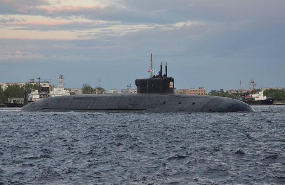 أخطر غواصة روسية تخرج الى البحر Russia18