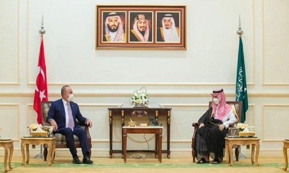 اللعب على الجانبين: هل ستؤثر التدريبات السعودية اليونانية على العلاقات مع تركيا؟ Saudi-10
