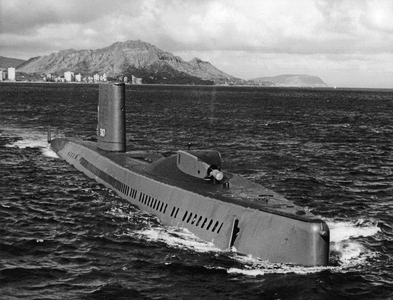 الغواصه الامريكيه (USS Halibut (SSGN-587 Uss_ha11