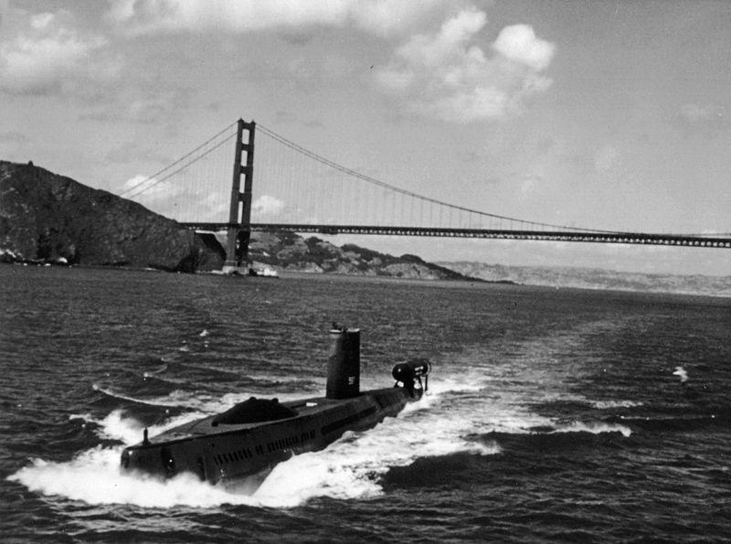 الغواصه الامريكيه (USS Halibut (SSGN-587 Uss_ha12