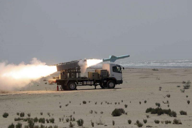 من سيبيع السلاح لإيران بعد الحظر ؟ W4_210