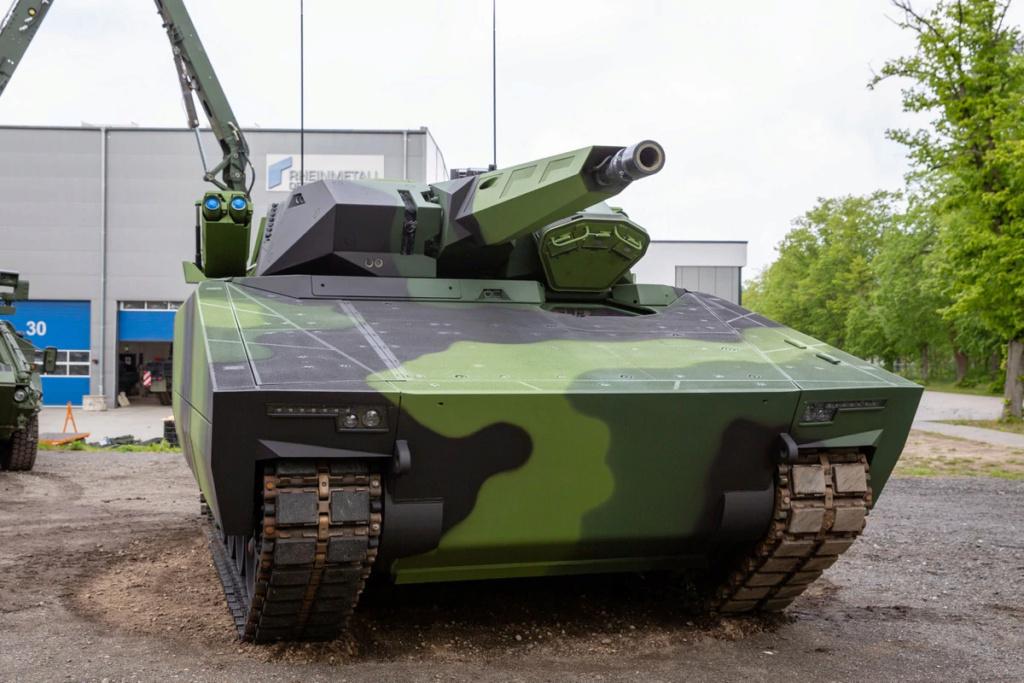 المجر لشراء 218 عربه مدرعه نوع Lynx بصفقة قيمتها 2 مليار يورو Yijzox10