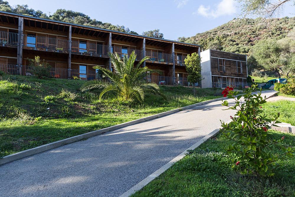 """Cargèse, un """"Jardin"""" international des sciences en Corse Carges10"""