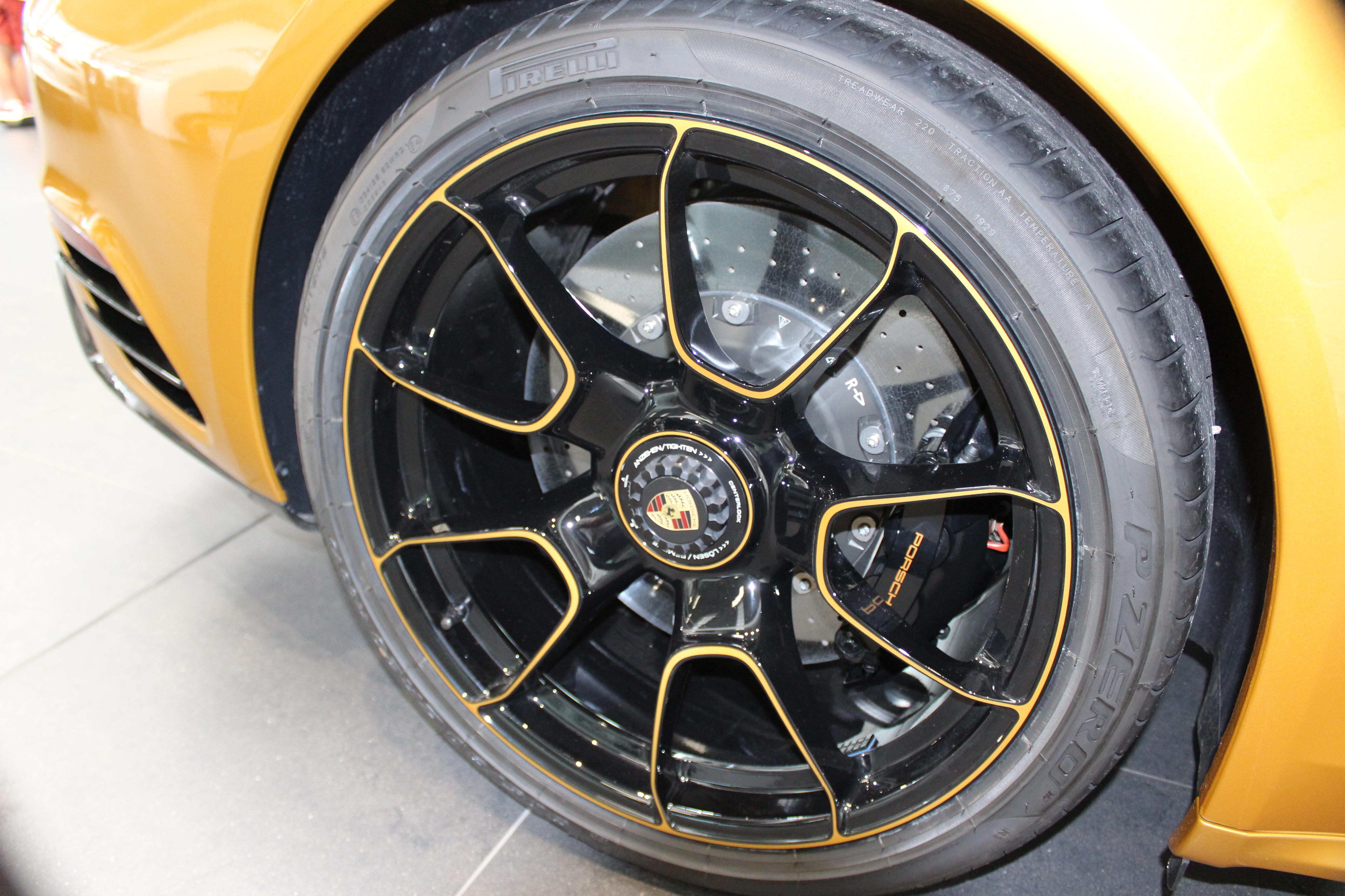 70 Ans Centre Porsche ROISSY Sonauto Img_6631