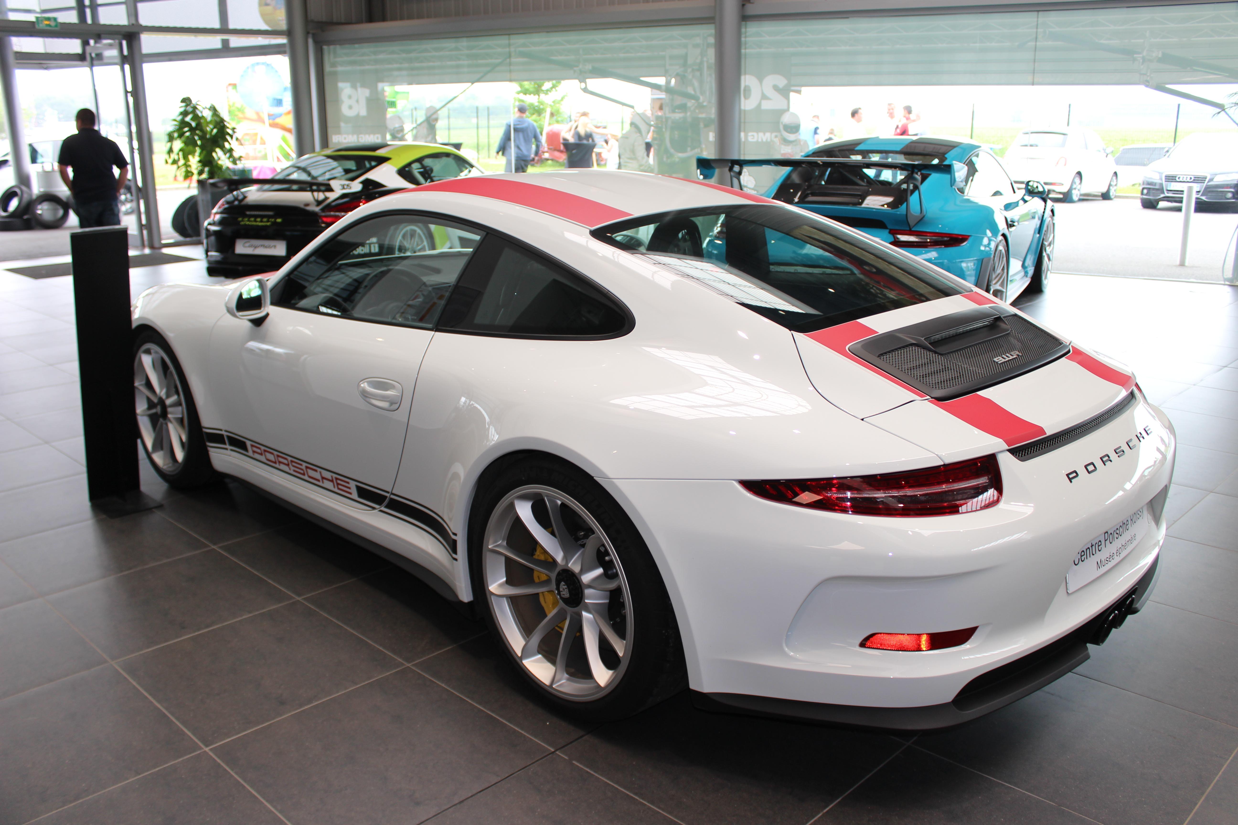 70 Ans Centre Porsche ROISSY Sonauto Img_6636