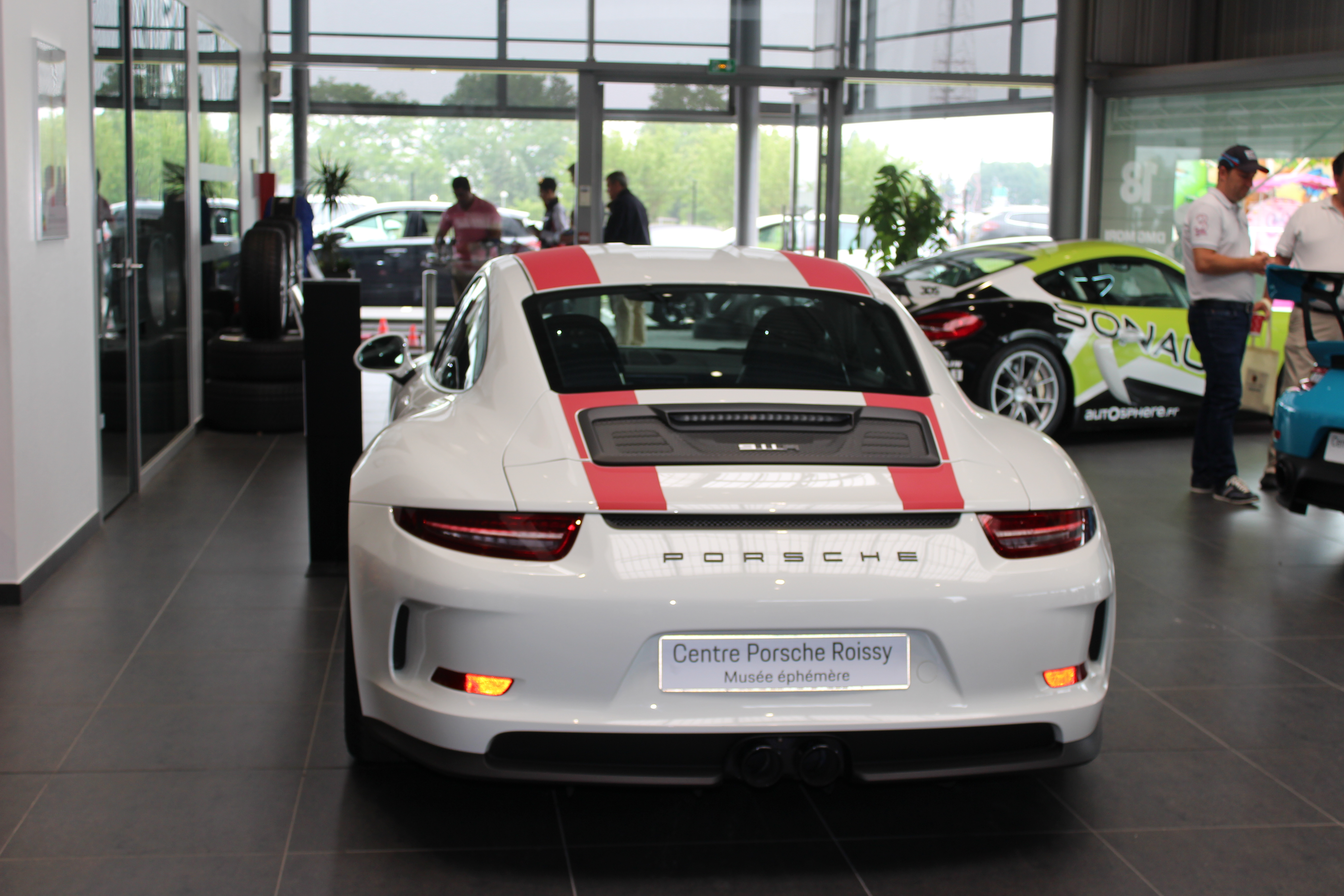 70 Ans Centre Porsche ROISSY Sonauto Img_6716