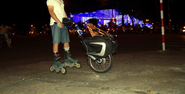 Vietnam, Cambodge en roller, VAE et side-car vélo. Dsc00210