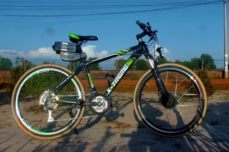 Vietnam, Cambodge en roller, VAE et side-car vélo. S1060010