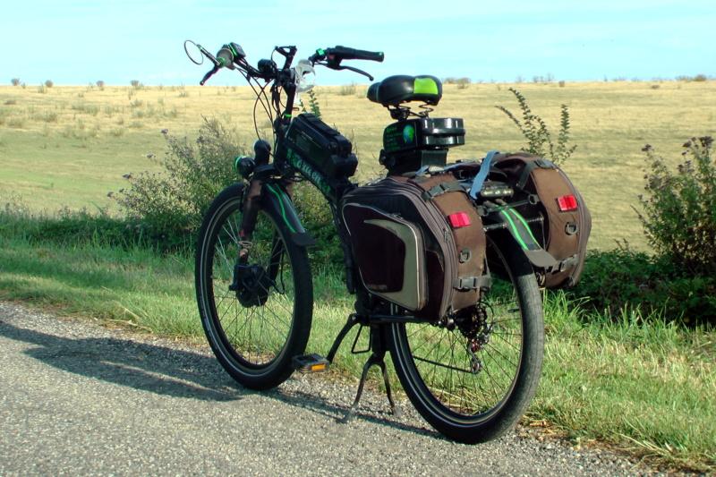 Vietnam, Cambodge en roller, VAE et side-car vélo. S1700010