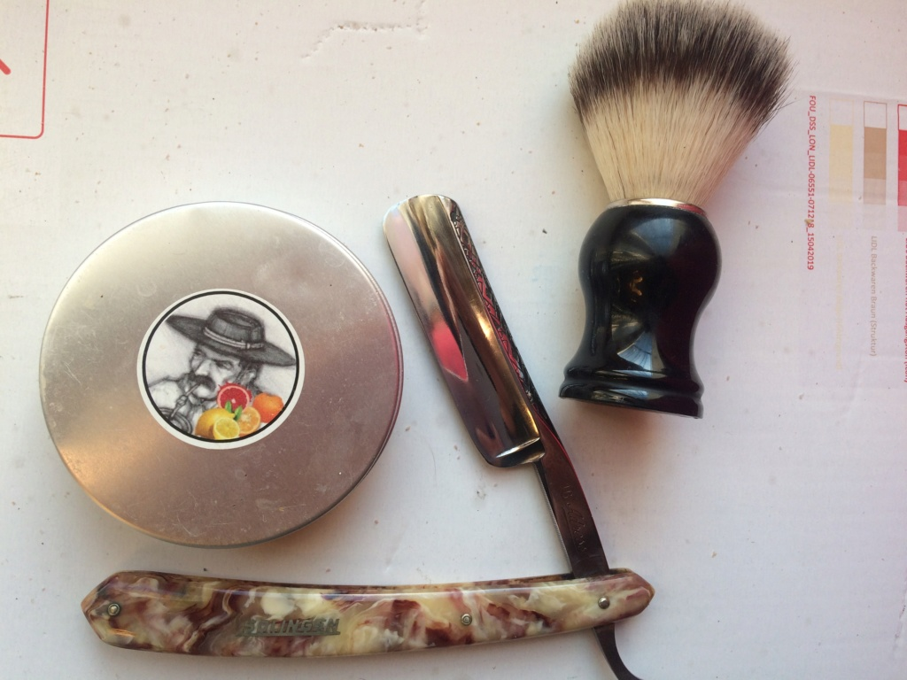 Shave of the Day / Rasage du jour - Page 39 Img_0510